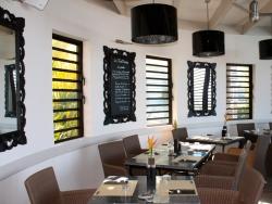 Restaurant 2 iloha seaview hotel